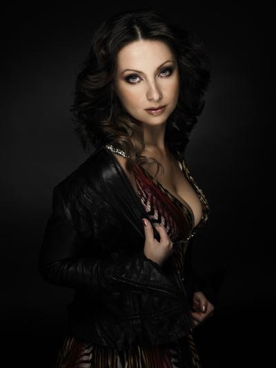 Elena Nuzman - Lederjacke 2